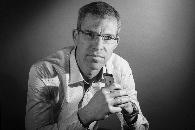 Peexio - Portrait corporate en Noir et Blanc