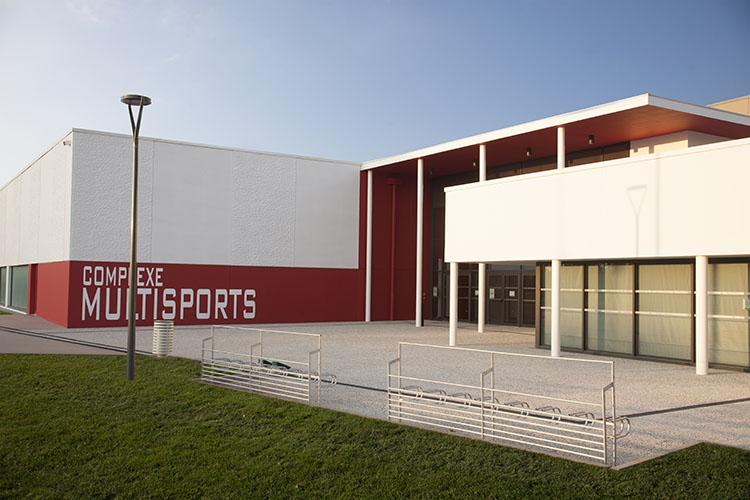 Peexio - photographie d'architecture d'un complexe sportif